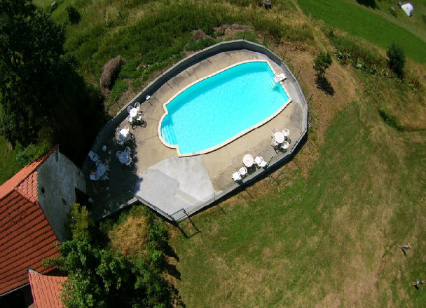 zwembad toezicht verplicht
